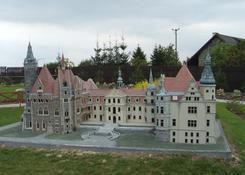 zamek - Moszna